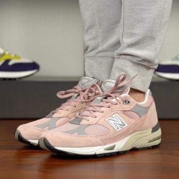 "Now Available: New Balance 991 UK ""Pink"""