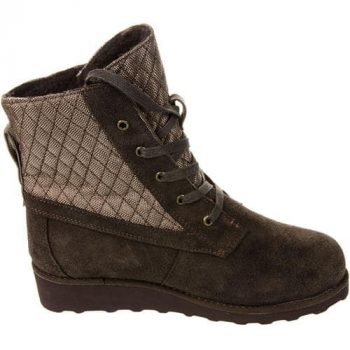 Women's Bearpaw Harmony Boots (Sizes 6 & 12 Only): $9.95 (Retail: $89.95) + Free S&H on $25+