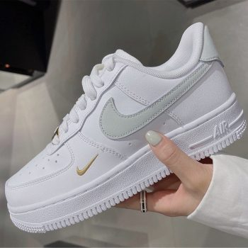 """Now Available: Women's Nike Air Force 1 Low """"Light Silver"""""""